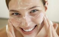 Cara memilih masker wajah yang baik untuk wajah berjerawat