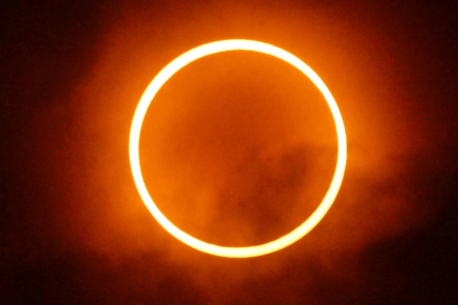detik-detik gerhana matahari 2016