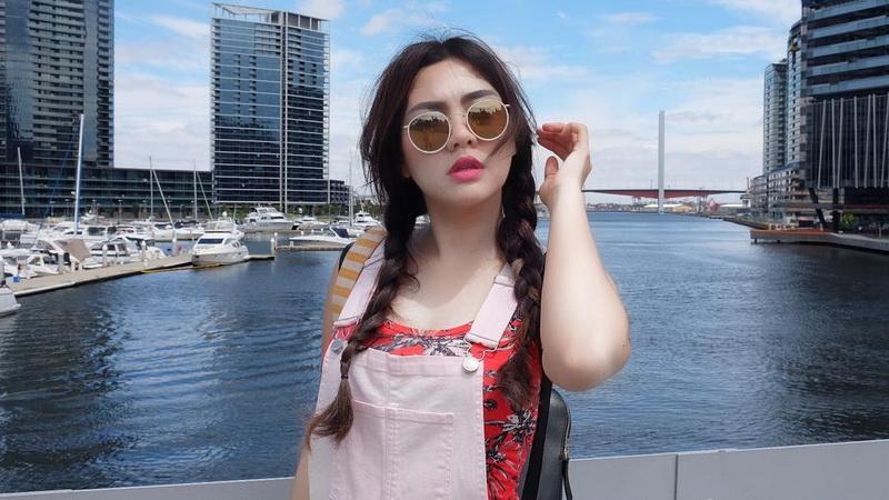 Tips Gaya Hidup Sehat ala Vicky Shu